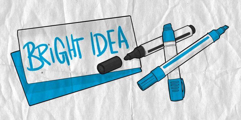 """Illustration """"Kreativitätstechniken"""" zeigt einen Zettel auf dem """"Bright Idea"""" steht. Daneben Stifte."""