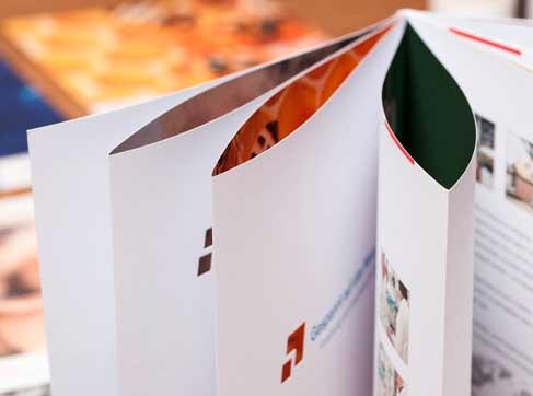 Japanische Broschur von deuteron