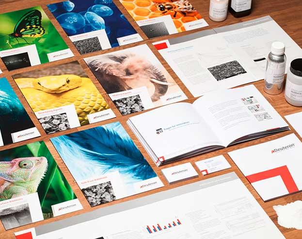 verschiedene Printprodukte von Deuteron