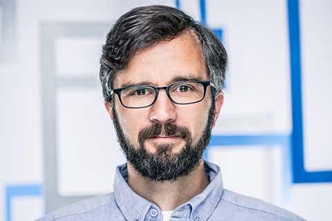 Portrait von Peter Erhard