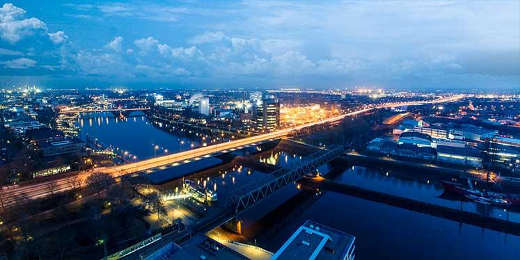 Werbeagentur Bremen Panorama bei Nacht, vom Wesertower fotografiert
