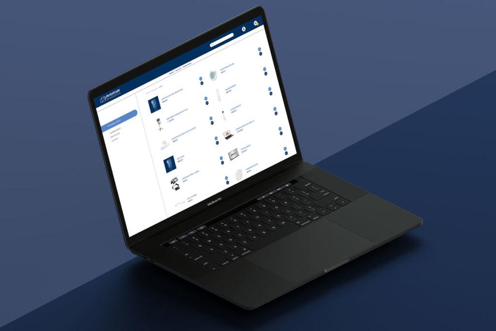 Foto vom Online-Shop dentaltrade Depot Webdesign auf einem Laptop